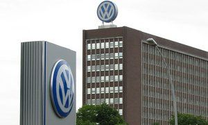 Volkswagen отзывает 300 тысяч автомобилей из-за риска возгорания двигателя